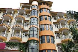 Tarapith deluxe hotel