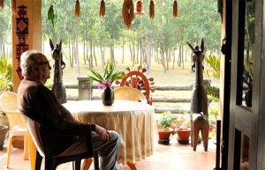 Shri. Soumitra Chatterjee sitting at our homestay verandah