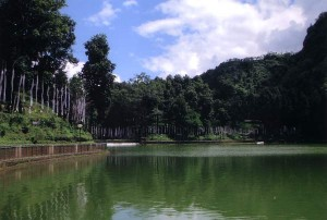 Lampokhri Lake in Aritar