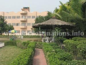 Babur Haat resort