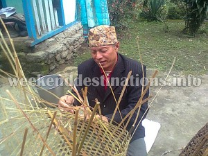 Basket weaving by Martam villagers