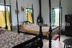 Chowdhury Zamindar Bari room